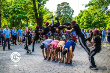 Central Park street performer jumps crowd